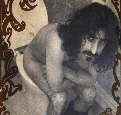 Hábitos y costumbres de lectura de la revista: ¿Cómo leemos el Popu? Frank+Zappa+wc