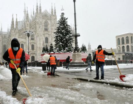 Spalatura neve Milano 00003