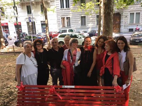 Panchina rossa inaugurazione1