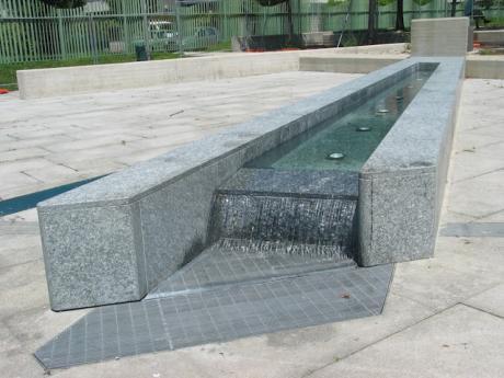 Arredo urbano nuova vita per i monumenti e le fontane di for Un arredo urbano
